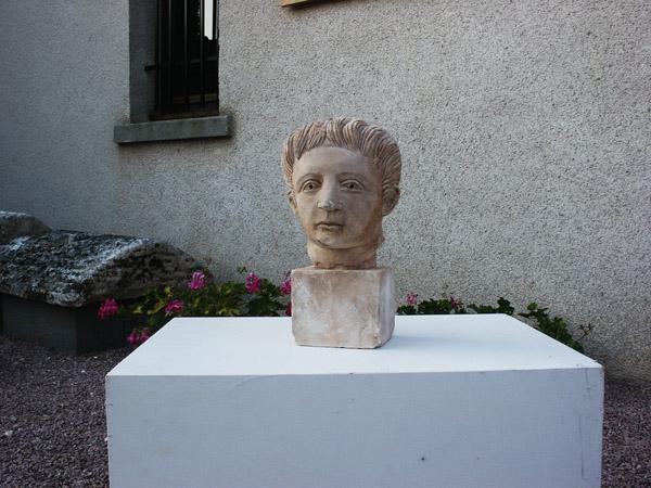Tête de statue d'adolescent 1834